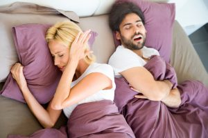 Learn how to improve your sleep quality with 5 home remedies to stop snoring.